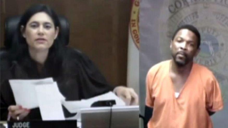 女法官的一个问题,致嫌犯当庭失声痛哭,原因竟是…